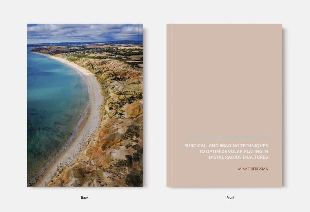 Proefschrift omslag voorbeeld ontworpen door Eva Huijts